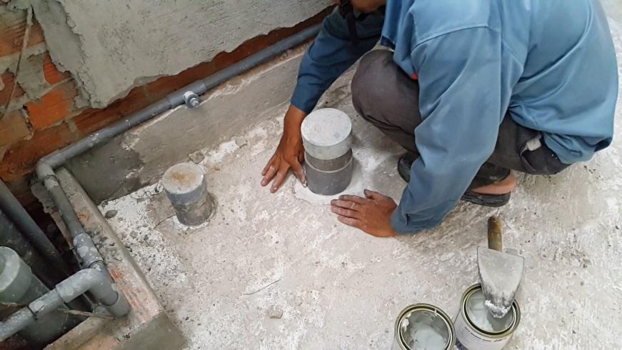 Chống thấm nhà vệ sinh tại quận Hoàng Mai triệt để 093 797 9876